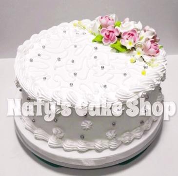 ejemplo tarta de un solo nivel decorada con ramo de flores de azcar